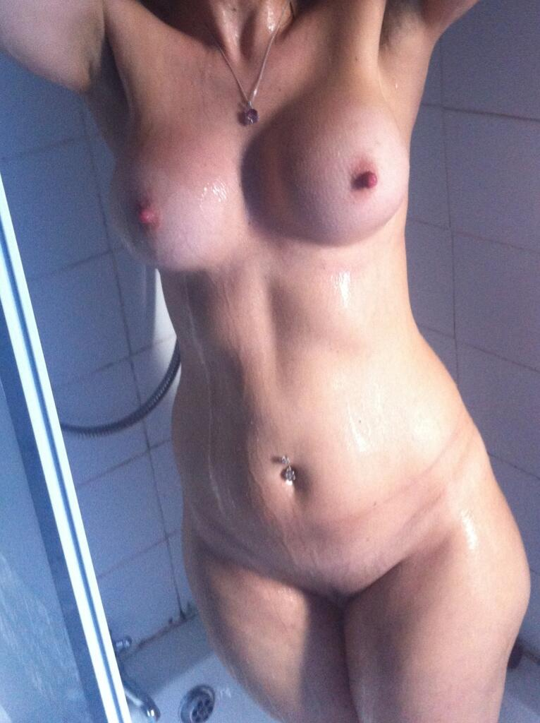 Nude old wife thumbnails